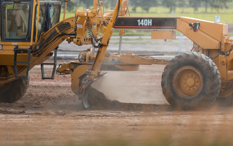 5 Tips For Tracking And Monitoring Construction Equipment